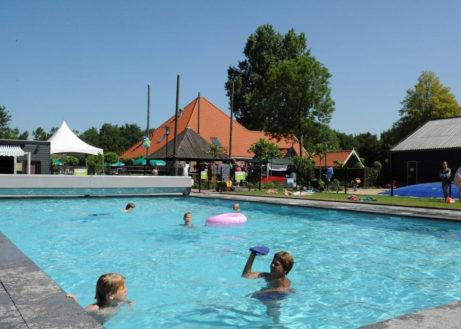 buitenhuizen-zwembad