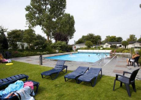 molengroet-zwembad-1