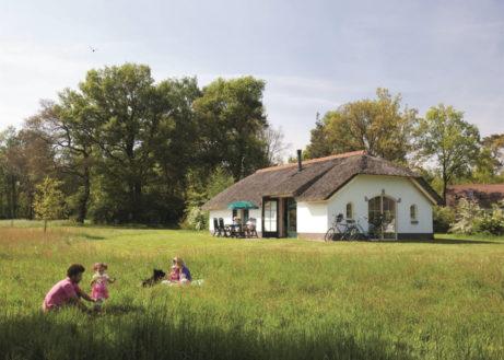 twenhaarsveld-witte-villa-gezin