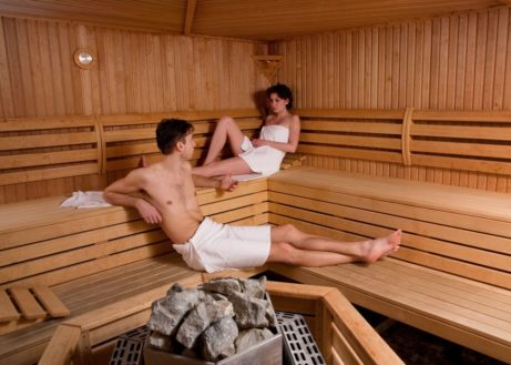 Sauna bungalows. Verwen uzelf!