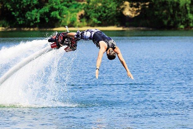 Vakantie met tieners? Veel 'coole' tiener vakanties!: www.bungalowparkoverzicht.nl/inspiratie/vakantie-met-tieners