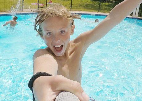 Welk Roompot park heeft het mooiste zwembad?