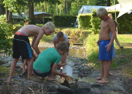 Rivier-Christelijke-camping-kindvriendelijk-1024x683