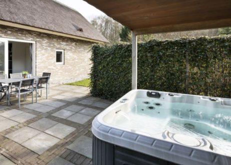 Deze villamet sauna en whirlpool is ideaal voor rustzoekers