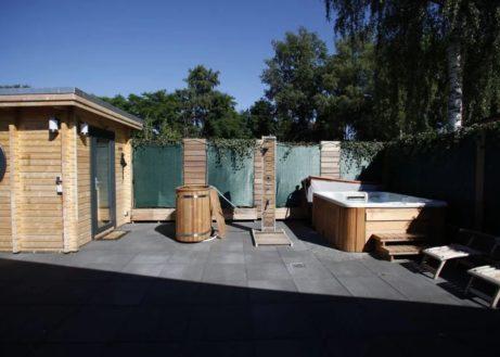 Kom relaxen in deze villa met bubbelbad en sauna