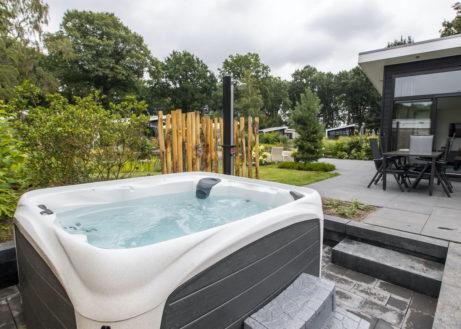 Kom genieten in deze Bos Lodge Eco met bubbelbad